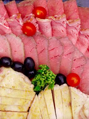 PLATEAU DE VIANDES FROIDES ASSORTIES - 200 G/PERSONNE
